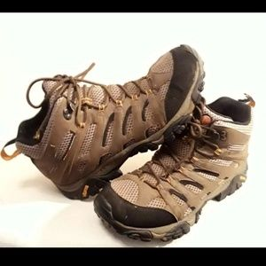 Merrel Moab Waterproof Hiking Boots Sz 10